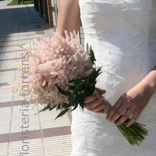 Ramo de novia clásico en tonos rosas.